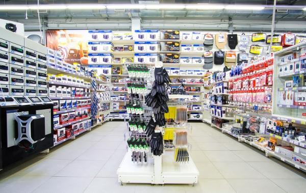 Empreendedores recebem oficina de layout interno de auto peças