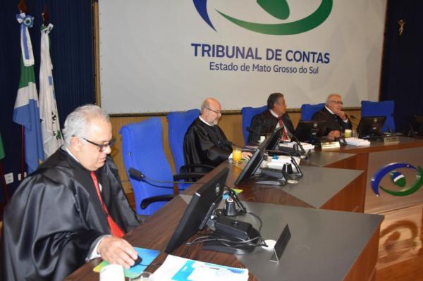 Julgados 45 processos em sessão