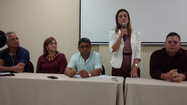 Soraya Thronicke prestigiou encontro de vereadores do MS