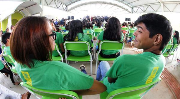 Governo libera recursos para reforma geral da rede elétrica de escola estadual em Bandeirantes