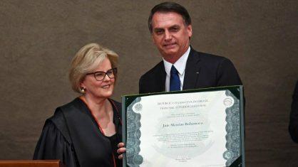 Em diplomação, Bolsonaro diz que 'a soberania do voto popular é inquebrantável'