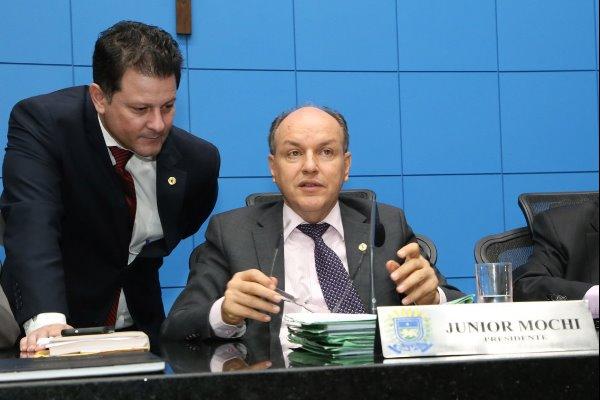 Mochi solicita informações sobre obras na BR-262 e renovação de convênio com hospital