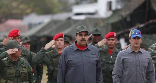 Parlamento da Venezuela aprova anistia para militares que traírem Maduro
