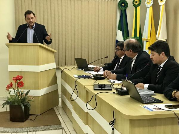 Waldeli anuncia investimento de R$ 32 milhões para ampliação da rede de esgoto