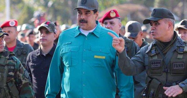 Polícia Nacional Bolivariana abre espaço para protestos na Venezuela