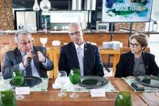 Na CNA, ministra discute com embaixador de Israel uso da água e produção no semiárido