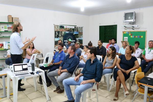 Capacitação ajudou produtores a entender a venda para a cidade nas Chamadas Públicas