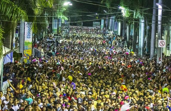 Mais cinco escolas de samba se apresentam nesta segunda-feira em Corumbá