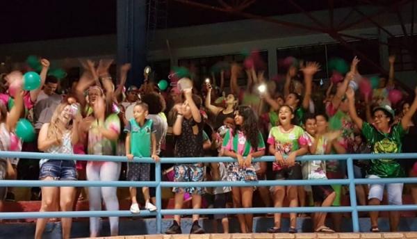 Com samba enredo dos 50 anos, Vila Carvalho é campeã do Carnaval campograndense