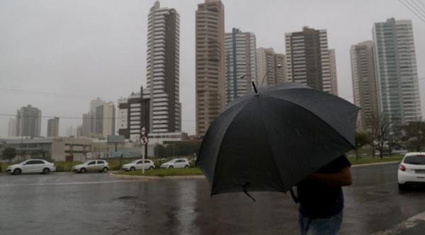 Sexta-feira nublada e com chuvas e trovoadas em MS
