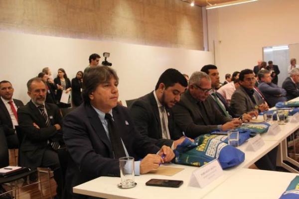 Caravina defende manifestação no STF por votação dos royalties do petróleo