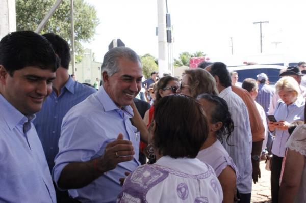 Nioaque 170 anos: município recebe asfalto e obras de habitação
