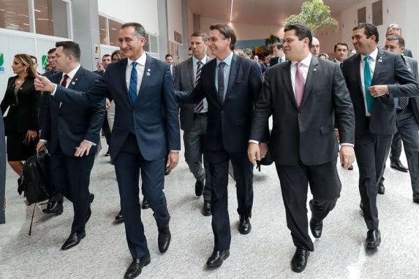 Bolsonaro quer entender custo para reajuste do diesel