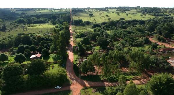 Reinaldo cumpre compromisso e leva asfalto aos distritos de Jaraguari