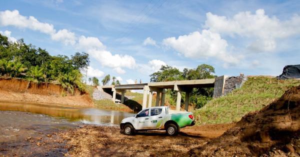 Governo do Estado entrega pontes em Jardim