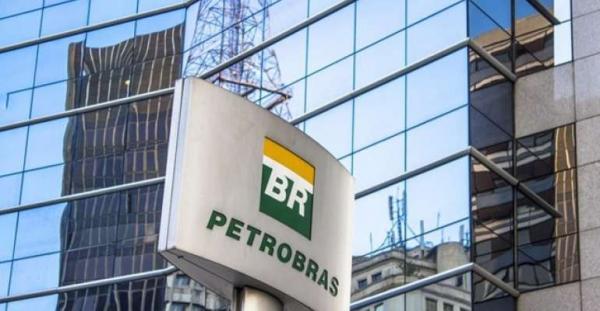Petrobras reduz preço de gasolina e diesel