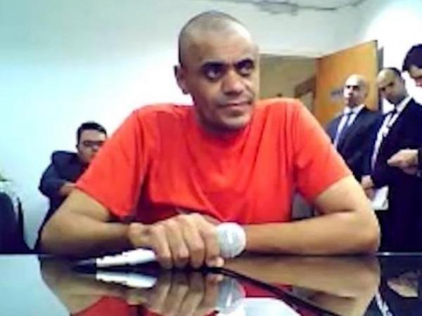 Autor de facada em Bolsonaro vai continuar em presídio