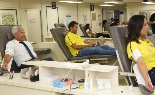 Dezesseis a cada mil brasileiros doam sangue