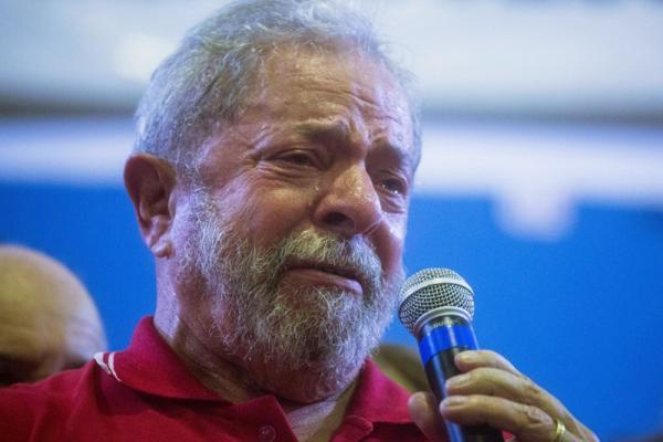 Lula entra em desespero