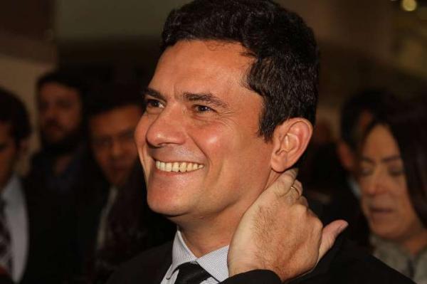 Sérgio Moro manda  recado para o presidente eleito Jair Bolsonaro