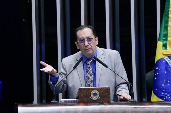 KAJURU CHAMA BEBIANNO DE 'BANDIDO' E DETONA ATITUDE SUJA